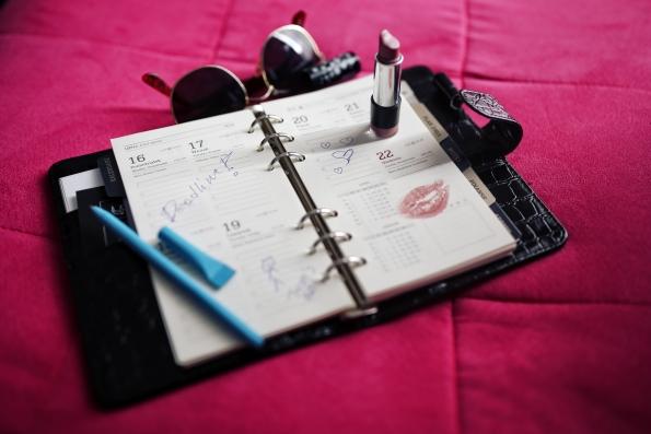schedule lipstick.jpg